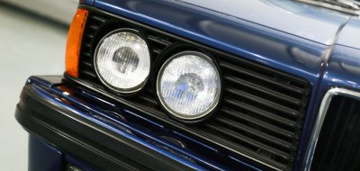 BMW M6 Alpina 1988 headlight