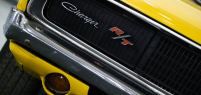 Dodge Charger R/T 1969 front right closeup view