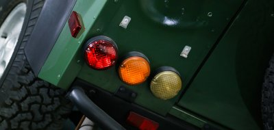 Land Rover Defender 1997 taillights
