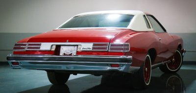 Pontiac Grand Le Mans 1976 rear right view