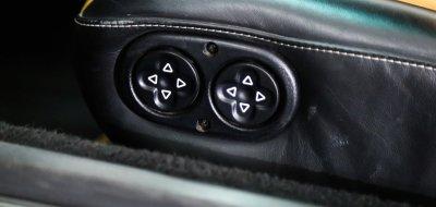 Porsche 993 1998 seat controls