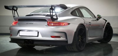Porsche GT3 RS 2016 rear right view